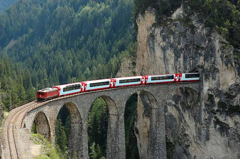 Vlakem Do Svycarska Curych Bazilej Bern Zeneva Od 800 Kc